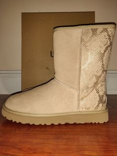 b5ac339d3c00 Brand New Women's Ugg Australia Classic Short Metallic Snake Gold Boots  Size 8 Style 1101473 Upper Suede Metallic Snake embossed Leather wool  insole nylon ...