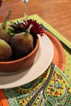 Figs table setting