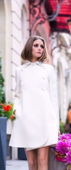 SIMPLE SIMPLICITY--ALL WHITE OUTFITS--TOUT BLANC---- street style Olivia Palermo all-white @wachabuy