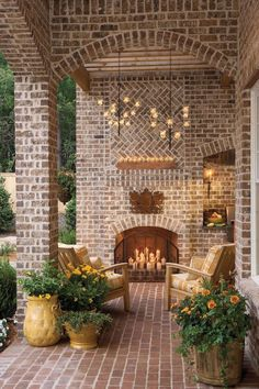 Front Porches That Have Us So Ready for Fall- Candlelit Entry