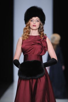 Hats From Russia Fashion Week Fall 2013  6b4de52baf24