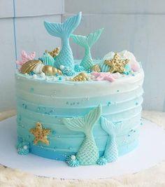 Mermaid Birthday Cake for a Birthday Party Little Mermaid Cakes, Mermaid Birthday Cakes, Little Mermaid Birthday, Sirenita Cake, Ocean Cakes, Cupcake Cakes, Cupcakes, Mermaid Baby Showers, Mermaid Parties