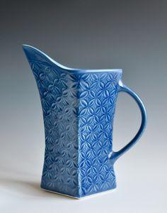 Bruce Winn by Harvard Arts, Ceramic Jugs, Ceramic Pitcher, Ceramic Tableware, Glazes For Pottery, Pottery Art, Clay Design, Design Art, Famous Ceramic Artists, Pottery Handbuilding