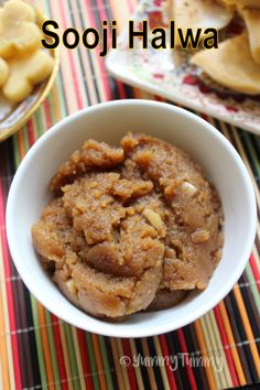 Delicious sooji halwa or rava halwa which can be made in few minutes. This halwa not only taste amazing but is super easy to make. Perfect for this diwali. Easy Indian Sweet Recipes, Easy Tart Recipes, Indian Dessert Recipes, Indian Sweets, Sweets Recipes, Snack Recipes, Indian Recipes, Indian Snacks, Desert Recipes