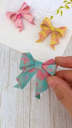 Diy Crafts Hacks, Diy Crafts For Gifts, Creative Crafts, Diy Crafts Love, Diy Crafts For School, Creative Box, Creative Video, Cool Paper Crafts, Paper Crafts Origami