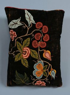 Athapaskan Beaded Pillow with Floral Design ca. 1980 1 : Lot 61