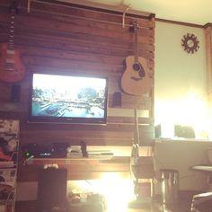 Takumaさんの、DIY,ディアウォール棚,ディアウォールの壁,ディアウォール~途中経過,ディアウォールで壁掛けテレビ