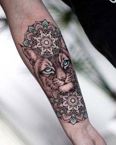 Mandala Tattoo Design, Animal Mandala Tattoo, Half Mandala Tattoo, Sexy Tattoos, Small Tattoos, Cool Tattoos, Tattos, Flower Tattoos, Sleeve Tattoos