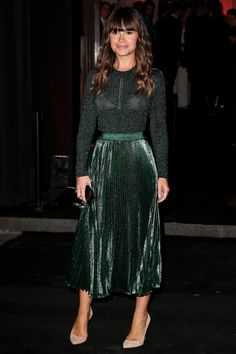 Pin for Later: Gigi et Kendall Mènent la Danse à la Soirée D'anniversaire de Vogue Miroslava Duma