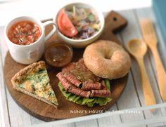 *BAGELローストビーフサンドセット* - *Nunu's HouseのミニチュアBlog* 1/12サイズのミニチュアの食べ物、雑貨などの制作blogです。