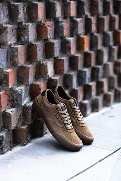 Vans New Chima Pro 2 Colorways for Fall Cool Vans Shoes, Mens Vans Shoes, Vans Sneakers, Skate Shoes, Sneakers Fashion, Fashion Shoes, Sneak Attack, Handbags For Men, Shopping