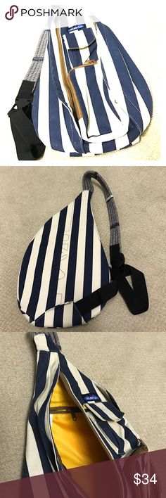 Kavu rope bag VERY NEW! Kavu backpack with pockets and shoulder strap cute design kavu Bags Backpacks