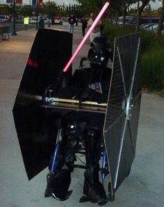 Darth Vader in a Tie Fighter wheelchair costume for halloween Geeky Halloween Costumes, Creative Costumes, Cool Costumes, Halloween Diy, Happy Halloween, Halloween Decorations, Costume Ideas, Costumes Kids, Halloween Stuff