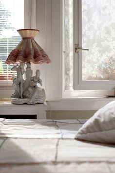 #DIY Insect protecting windowscreen old style - #101woonideeen.nl - Dutch interior and crafts magazine