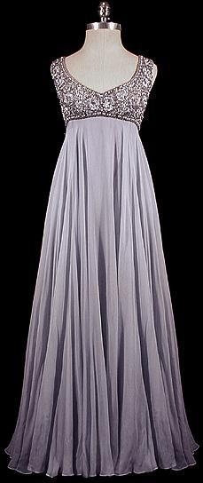 This could be my wedding vow renewal dress =)  Beautiful!