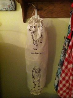 Bag holder I made for my brother-in-law who loves goats. I created this with a natural flour sack towel I found on Etsy. He loved it!