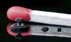 La impresión 3D de objetos en metal no es nueva. La NASA ya la usa para imprimir motores. Sin embargo, hasta ahora sólo la impresión mediante inyección de resina había logrado hacer piezas muy pequeñas. Una nueva empresa alemana acaba de lograr un método para imprimir piezas realmente diminutas utilizando láser y metal en polvo.