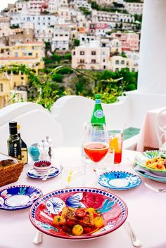 A trip to the Amalfi Coast is the trip of a lifetime. Get all of our insider tips for planning a trip to Positano and Praiano here. Amalfi Coast Italy, Positano Italy, Naples Italy, Sorrento Italy, Capri Italy, Sicily Italy, Venice Italy, Positano Restaurant, Italy Restaurant