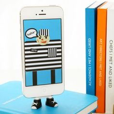 Sneaker Feet Smartphone Stand