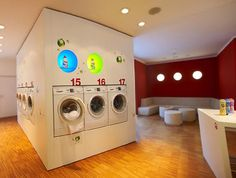 A German enterprise that blends laundromat and café to ease the pain of cleaning clothes. Laundromat Business, Laundry Business, Cleaning Business, Laundry Shop, Coin Laundry, My Beautiful Laundrette, Self Service Laundry, My Coffee Shop, Coffee Cafe