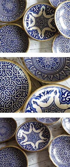 Vintage Moroccan Ceramic Plates and Bowls Blue And White China, Blue China, Ceramic Plates, Ceramic Pottery, Painted Pottery, Cooler Stil, Keramik Design, Plates And Bowls, Moroccan Style