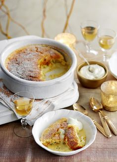 Passion fruit self-saucing pudding (passion fruit surprise pudding): also known as passion fruit surprise pudding, is a great way to make passion fruit shine. You only need seven ingredients and an hour-or-so of time to make this beauty - pair with a glas Pudding Desserts, Pudding Cake, Köstliche Desserts, Dessert Recipes, Pudding Recipe, Plated Desserts, Easy No Bake Desserts, Delicious Desserts, Yummy Food