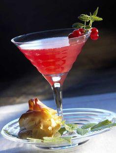 Passoa and Sparkling wine drink - Passoa-alkudrinkki