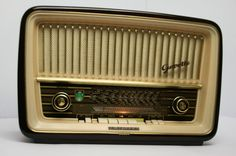 Telefunken Gavotte 9   Röhrenradio vintage tube  Radio 3DS 5010