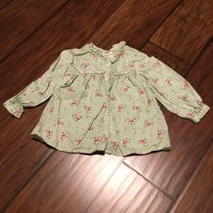 **SALE** Oshkosh floral pattern shirt Oshkosh floral pattern shirt, 100% cotton.  Soft and comfortable to wear!  Worn twice, in perfect condition! Oshkosh Shirts & Tops Button Down Shirts