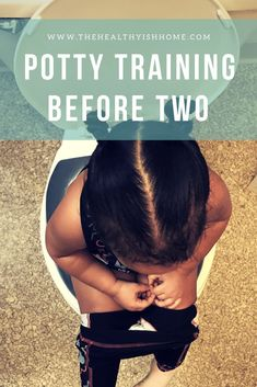 Potty training is hard! Let me help you make this experience easier and teach you the secret hack to potty training success! These potty training tips will help you get your toddler potty trained in no time! Parenting Advice, Kids And Parenting, Parenting Classes, Foster Parenting, Kids Potty, Baby Potty, Toddler Potty Training, Baby Care Tips, Baby Tips