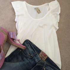 Summer T NEW white T with such cute sleeves/asymmetrical hem. 60%cotton/40%modal. NO TRADES American Eagle Outfitters Tops Tees - Short Sleeve
