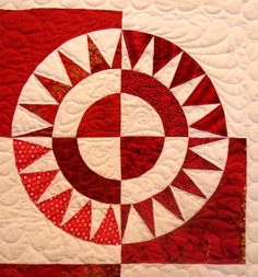 Hey, I found this really awesome Etsy listing at http://www.etsy.com/listing/82945495/lap-or-twin-quilt-new-york-beauty-in-red