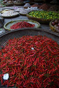 Hanoi Food Market (I'm feeling hot, hot hot!)