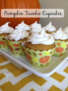 Pumpkin Twinkie Cupcakes - cupcakes with the texture of twinkles and the taste of pumpkin, filled and topped with a delicious marshmallow cream!