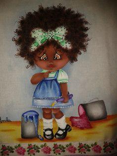 Boneca negra. Projeto de Monica Faria - Revista Pintura em tecido especial - Ano III nr 31