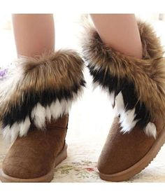 Artificial Fox Rabbit Fur Winter Snow Ankle Boots_ I've seriously seen these everywhere..but they're so adorable!