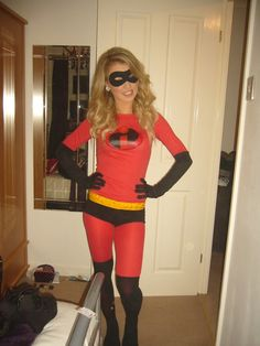 disney pixar fancy dress costume idea outfit mrs incredible the incredibles group costume how to make & Batwoman Costume Super Cool Character Costume Ideas http://hative ...