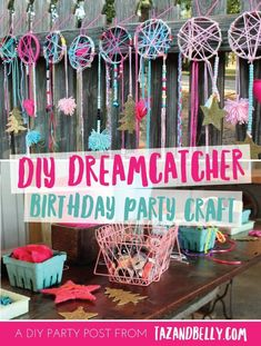 The marvellous Diy Dream Catcher Party Craft Sleepover Party Birthday Inside Party Crafts image below, is part of Party Crafts More! Diy Party Crafts, Craft Party, Craft Birthday Party, Birthday Games, Party Party, Birthday Snacks, 21st Party, Sofia Party, Neon Party