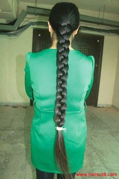 College Hairstyles, Office Hairstyles, Plaits Hairstyles, Slick Hairstyles, Beautiful Braids, Gorgeous Hair, Indian Long Hair Braid, Single Braids, Super Long Hair