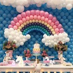 Rainbow Party Decorations, Rainbow Parties, Balloon Decorations, Birthday Party Decorations, Mini Mouse Birthday Cake, Unicorn Themed Birthday Party, Girls Birthday Party Themes, Hot Air Balloon Craft For Kids, Diy Hot Air Balloons