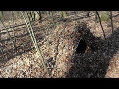 Debris Hut / Survival Shelter / Unterkunft bauen / Survival Training Schweiz - YouTube