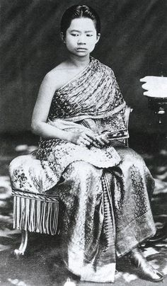 Princess Sukhumala Marasri (พระองค์เจ้าสุขุมาลมารศรี)  was born May 10 1861, a daughter of King Rama IV and one of his concubines, Samli. She married her half-brother, the future Rama V in 1888 and they had two children. After her husband's death, her nephew, Rama VI, raised her to the tile of Queen Consort. She died on July 9 1927 in Bangkok. Her ashes are enshrined in the Sukhumala Narimitra Memorial in the Royal Cemetery at Wat Ratchabophit. (Photo : wikipedia / via…
