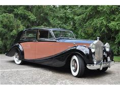 1953 Rolls Royce Silver Shadow. Maintenance/restoration of old/vintage vehicles: the material for new cogs/casters/gears/pads could be cast polyamide which I (Cast polyamide) can produce. My contact: tatjana.alic@windowslive.com