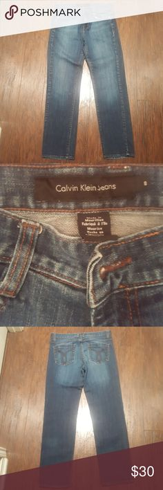Calvin Klein Jeans Skinny Size 8 Excellent Used Condition. No damage, rips, frays, or stains. Hems have no damage. Calvin Klein Jeans Jeans Skinny