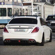 Brabus S63 😈💯🔥 📸: @srs_swissrichstreets || @cars_in_zurich | @sf_media | @bmw_world_ua | @fastnexotic | @carfanaticsmagazine || #speedfanatics #itswhitenoise #Mercedes #Benz #S63 #Brabus