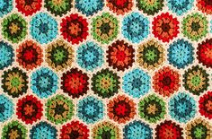Granny Hexagon Pattern. Petals to Picots. Also instructions to chain as you go.