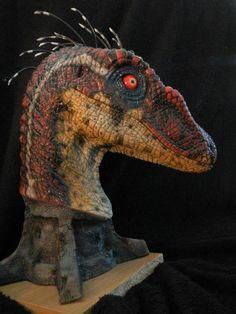 Jurassic Park 3 Raptor Sculpt by Kenny De Paepe # creature animals All Dinosaurs, Jurassic World Dinosaurs, Jurassic Park World, Raptor Dinosaur, Dinosaur Art, Dinosaur Fossils, Diorama, Jurrassic Park, Jurassic Park Party