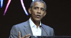 Obama returns to politics with redistricting group fundraiser