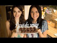 Dokonalé parížske rožky sa dajú pripraviť aj v raw či vegánskej verzii. Vyrobte si svoju raw čokoládu alebo použite obľúbenú vegánsku čokoládu, ako my. Podro...