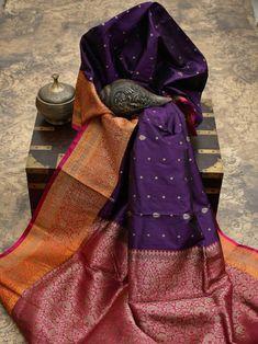 Banaras Sarees, Tussar Silk Saree, Weave Shop, Cotton Sarees Online, Party Sarees, Sari Blouse Designs, Elegant Saree, Saree Look, Indian Ethnic Wear